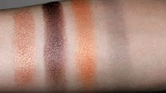 Natural (#91755) http://www.eyeslipsface.fr/produit-beaute/palette-maquillage-32-ombres-a-paupieres-edition-prin