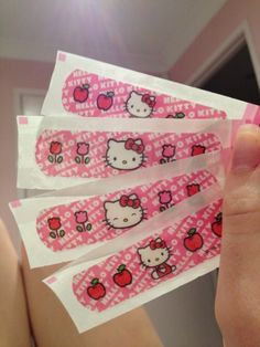 Imagem de hello kitty, pink, and cute