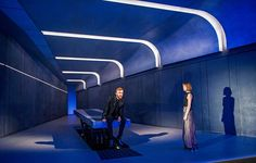 Director Carrie Cracknell and choreographer Lucy Guerin have teamed up for a new version of Macbeth at the Young Vic starring John Heffernan and Anna Maxwell Martin. Scenography Theatre, Young Vic, Set Design Theatre, Something Wicked, Scenic Design, Staging, Opera, Fair Grounds, London