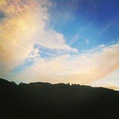 【sarah_9772】さんのInstagramをピンしています。 《☁🍃*・゜ #sky #clouds #blue #wood #mountain #trip #scenery #photography #photo #nature #travel #travelph #traveler #autumn #evening #twilight #travelgram #instagood #空 #雲 #森 #山 #自然 #秋 #写真撮ってる人と繋がりたい #写真好きな人と繋がりたい #旅 #山梨県 #夕方 #夕暮れ》