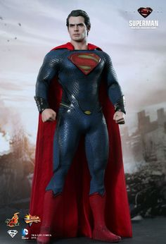 Superman 1/6th scale collectible figure