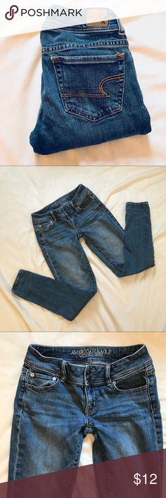 American Eagle 🦅 Skinny Jeans 0R AEO skinny jeans 0R  Excellent Condition!  Make an offer! Or bundle with your likes for a discount offer! American Eagle Outfitters Jeans Skinny