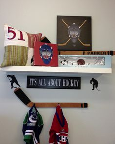 Wood Hockey Stick Wall Hooks - Boys Room Sports Room Decor - Organize Jerseys, Medals, and more. – Homeworks Etc Kids Hockey Room Decor, Sports Room Decor, Hockey Bedroom, Baby Boy Room Decor, Baby Boy Rooms, Baby Room, Hockey Stick Crafts, Hockey Sticks, Hockey Puck