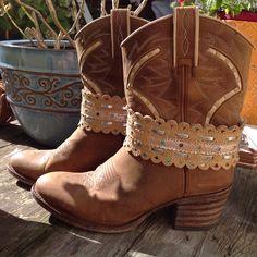 Bootbelts by  Sharrybag