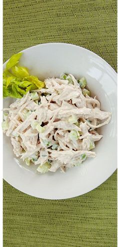 Holy Yum! Jamie Eason's Turkey Salad #Recipe is delicious! Your whole family w... - http://delectablesalads.com/holy-yum-jamie-easons-turkey-salad-recipe-is-delicious-your-whole-family-w/