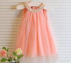 Vestido infantil sem mangas de tule com bordado de pérola estilo princesa
