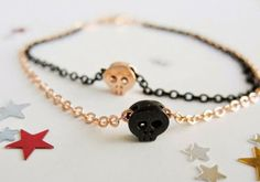 Two toned skull bracelet by 53 Countesses