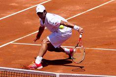 Imagen de tenista en el Roland Garros. El torneo francs de tenis Rolan Garros va viento en popa. Desde la pgina de apuestas deportivas Bet365 se pueden realizar las mejores apuestas por el ganador del torneo, ya que tiene unas cuotas alucinantes.