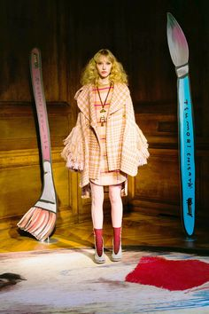 http://www.vogue.com/fashion-shows/fall-2017-ready-to-wear/tsumori-chisato/slideshow/collection