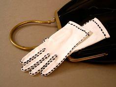 Vintage white gloves mid-century short cotton by CostumeConsortium