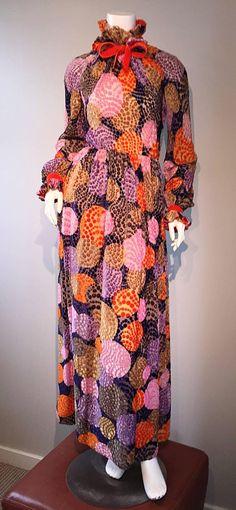 Sensational Vintage Geoffrey Beene 1970s Silk Burnt - Out Velvet 70s Dress 2