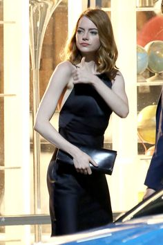 Emma Stone and Ryan Gosling were spotted on the set of their upcoming musical La La Land on Friday which is the third film the pair has co-starred in together Emma Stone Lala Land, Enma Stone, Celebrity Pictures, Celebrity Style, Actress Emma Stone, Hollywood, Old Actress, Beautiful Actresses, Celebs