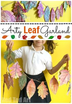 This Is A Great Autumn Craft For Kids - Combining Nature, Art And Recycling The Kids Will Love It And The Results Are Stunning Explore, Textures, Shapes And Colors And Why Not Turn This Into A Collaborative Project Too? Autumn Crafts, Autumn Art, Nature Crafts, Autumn Theme, Autumn Leaves, Thanksgiving Crafts, Autumn Activities For Kids, Crafts For Kids To Make, Art Activities