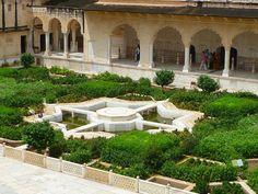 Beautiful gardens..#travel #inspiration #Jaipur #OiaDesign #India