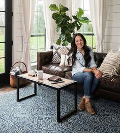magnolia homes joanna gaines Joanna Gaines Introduces the 1 Thing You Need to Transform a Room Dark Leather Couches, Dark Brown Sofas, Brown Leather Couch Living Room, Living Room Decor For Brown Couches, Decor With Brown Couch, Blue And Brown Living Room, Brown Couch Pillows, Leather Living Room Furniture, Living Room Sofa