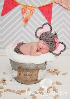 Items similar to Handmade, crochet Elephant Hat, Elephant outfit, Elephant Photo prop with bow, Newborn girl hat on Etsy Newborn Baby Photos, Baby Boy Photos, Newborn Outfits, Newborn Pictures, Baby Pictures, Baby Outfits, Newborn Crochet Outfits, Newborn Elephant, Elephant Hat