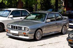BMW E30 M3. Ja. Dit is 'm helemaal.