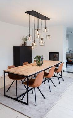 Dining Room Inspiration, Home Decor Inspiration, Decor Ideas, Decorating Ideas, Interior Design Inspiration, Dining Room Design, Dining Area, Dining Tables, Dining Rooms