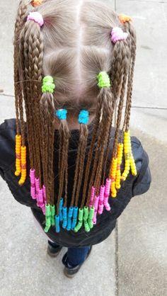 Long beaded braids Crochet Necklace, Braids, Dreadlocks, Hairstyles, Beauty, Fashion, Crochet Collar, Haircut Designs, Beleza