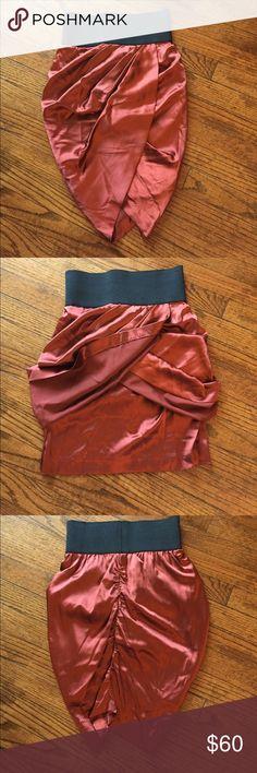 Foley + Corinna Tulip Skirt Foley + Corinna Tulip Skirt. Large black elastic waistband. 97% silk & 3% lycra. Dry clean only. Sz XS Foley + Corinna Skirts Mini