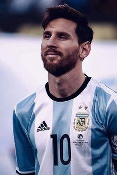 G.O.A.T👑 Ronaldo Football, Football Players, Leonel Messi, Fifa, Best Player, Premier League, Barcelona, Soccer, Starco