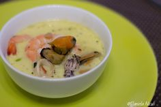 Supa de fructe de mare Cheeseburger Chowder, Cooking Recipes, Meat, Soups, Food, Eten, Soup, Meals