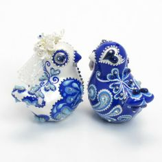http://www.artfire.com/uploads/product/1/961/85961/5285961/5285961/large/navy_blue_wedding_couple_birdies_cake_topper_ceramic_craft_a00089_4...