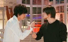 Death note 2015 <<< Damn, Light is big in that one. Death Note Live Action, Live Action Movie, L Dk, Kento Yamazaki, L Lawliet, Japanese Drama, Japanese Characters, Kubota, S Stories
