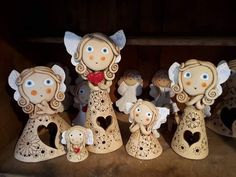 Pottery Angels, Clay Cross, Air Dry Clay, Interior Design Living Room, Needle Felting, Christmas Crafts, Art Deco, Clays, Sculpture