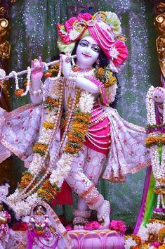 Radha Krishna Holi, Baby Krishna, Cute Krishna, Lord Krishna Images, Radha Krishna Pictures, Krishna Photos, Krishna Art, Radhe Krishna Wallpapers, Lord Krishna Hd Wallpaper