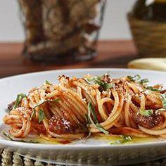 Spaghetti with Buffalo and Tomato and Basil Sauce Allrecipes.com