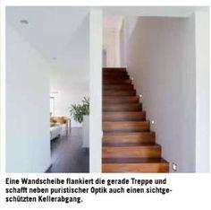 Rosskopf Holzhaus eine schlichte treppe in schwarz aus dem cubushaus tessin