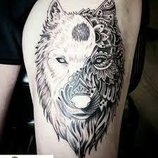 TATTOOS ALUCINANTES Tenemos los mejores tatuajes y #tattoos en nuestra página web tatuajes.tattoo entra a ver estas ideas de #tattoo y todas las fotos que tenemos en la web.  Tatuaje Maorí #tatuajeMaori
