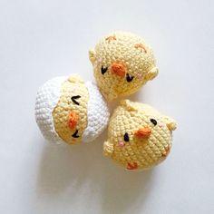 PioPio Chicks Bros – I fratelli PioPio Amigurumi Pattern Kawaii Crochet, Cute Crochet, Crochet Crafts, Crochet Dolls, Yarn Crafts, Crochet Baby, Crochet Projects, Crochet Cat Pattern, Crochet Toys Patterns