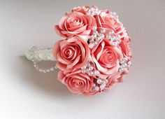 Coral rose wedding bouquet with boutonniere. от FlowersofSharon