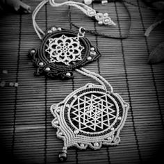 New Sacred Geometry Pendants with healings gemstones in NeVeRlaNd friends ♡♡♡  Always handmade with love and happy vibes !!!