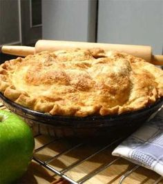 weight watchers apple pie... only 4 points per slice by anadaniela