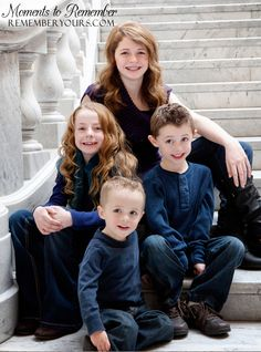 Specialty Utah Wedding Photography » Blog Archive » Indoor Family ... Indoor Family Photography, Christmas Photography Kids, Photography Pics, Children Photography, Wedding Photography, Family Posing, Family Pics, Family Portraits, Picture Ideas