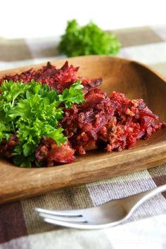 punajuurilaatikko on Chocochili Vegan Christmas, Christmas Treats, Vegan Recipes, Cooking Recipes, Vegan Food, Healthy Food, Beetroot, Plant Based Diet, Going Vegan