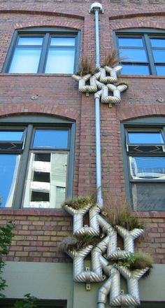 Merveilleux Let It Rain: Creative Gutter Ideas | InteriorHolic.com | Outdoors/ Garden |  Pinterest | Rain, Creative And Rain Chains