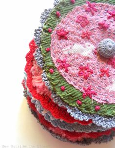 Sew Outside the Lines™ with Jody Pearl: Smitten with Frippery - use for button details