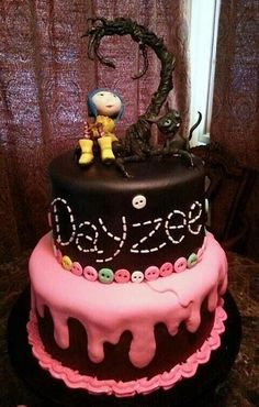 Inspiration for Scarlett's Coraline cake. Bottom cake, keep the same, add stitched name, layer, keep button border but add a button add a third tier in the shape of a spool of thread. Fondant Cakes, Cupcake Cakes, Carolines Cakes, Coraline Jones, Cake Wrecks, Birthday Parties, Birthday Cakes, Birthday Ideas, Pretty Cakes