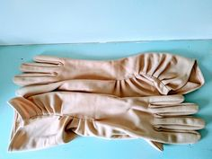 Vintage gloves, mid length gloves, nude gloves, evening gloves, vintage wedding gloves, rockabilly gloves, 1950s gloves, prom gloves, Vintage Gloves, Wedding Gloves, Pearl Studs, Magpie, 1950s Fashion, Uk Shop, Mid Length, Rockabilly
