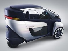 Toyota, Toyota i-ROAD concept, 2013 Geneva Motor Show, personal electric vehicle, green transportation, green car, lithium-ion battery, electric motor