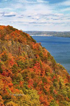 autumn, Hudson River Palisades, New Jersey