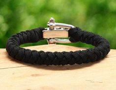 Survival Bracelet™ - Cyclone – Survival Straps