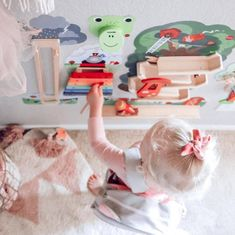 Oribels VertiPlay Wall Toys are designed to be beautiful and vibrant, making them a great addition to your nursery room and give those plain walls a pop of color! It is also thoughtfully crafted to engage your little one and promote learning.