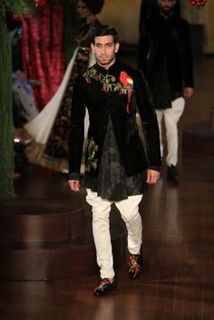 Rohit Bal - Amazon India Couture Week 2015