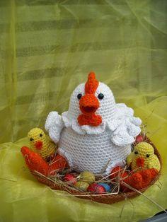 haken en zo wat meer, tinekeshaakpatronen: Kip met kuikens Free Crochet, Crochet Hats, Beginner Crochet, Crochet Chicken, Coq, Crochet Patterns For Beginners, Rooster, Free Pattern, Christmas Decorations