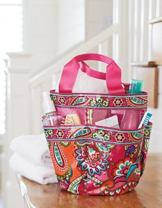 Vera Bradley Fall Shower Caddy in Pink Swirls. Will need for University life Wholesale Bags, Mk Bags, Girls Bags, Swirls, Vera Bradley, Purses And Bags, Best Gifts, Shower, My Style